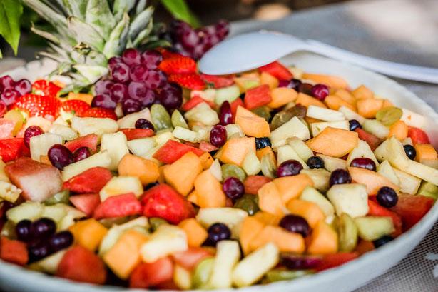 Trouwlocatie feestlocatie Buffet fruitsalade